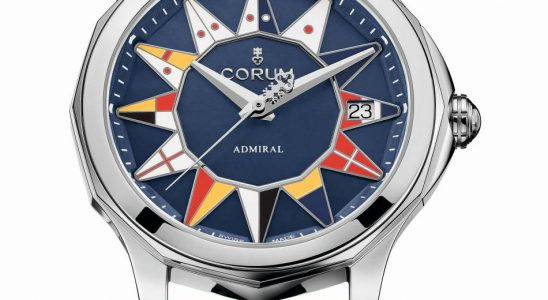 Corum Admiral Cup 32 et 38 mm : des femmes gâtées pour l'été